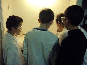 derniers préparatifs dans Faites de la science concours-irap-001-300x225